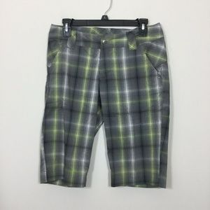 Columbia Size 6 Omni Dry Gray Yellow Plaid Shorts
